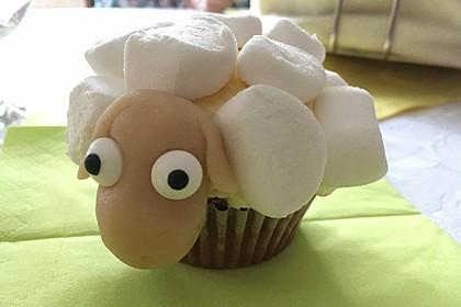 Cupcake-Schafe mit Marshmallow-Frosting 19