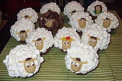 Cupcake-Schafe mit Marshmallow-Frosting 31