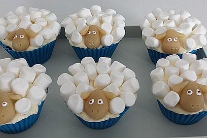 Cupcake-Schafe mit Marshmallow-Frosting 81