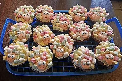 Cupcake-Schafe mit Marshmallow-Frosting 160