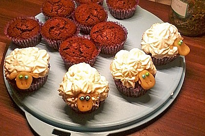 Cupcake-Schafe mit Marshmallow-Frosting 144
