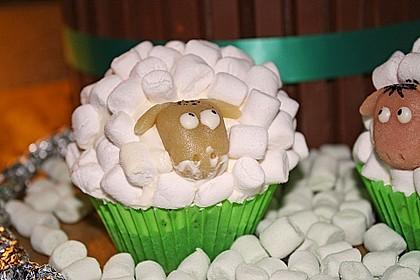 Cupcake-Schafe mit Marshmallow-Frosting 68