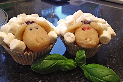 Cupcake-Schafe mit Marshmallow-Frosting 99