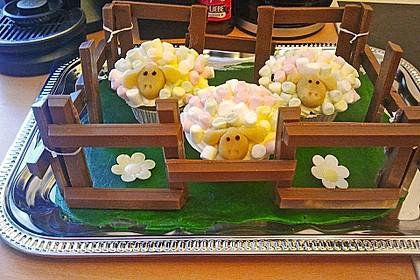 Cupcake-Schafe mit Marshmallow-Frosting 16