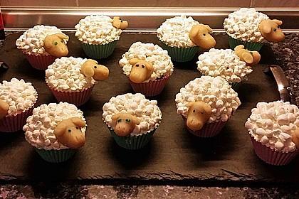 Cupcake-Schafe mit Marshmallow-Frosting 29