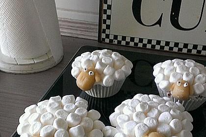 Cupcake-Schafe mit Marshmallow-Frosting 52