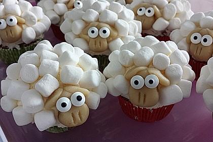 Cupcake-Schafe mit Marshmallow-Frosting 5