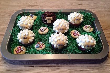 Cupcake-Schafe mit Marshmallow-Frosting 72