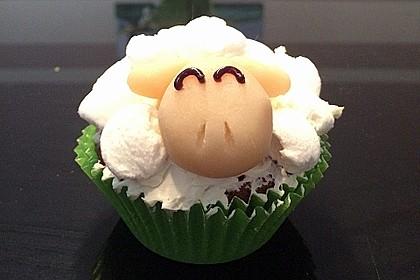 Cupcake-Schafe mit Marshmallow-Frosting 46