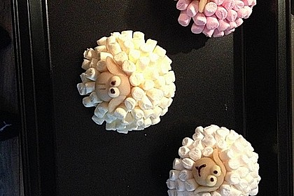 Cupcake-Schafe mit Marshmallow-Frosting 118