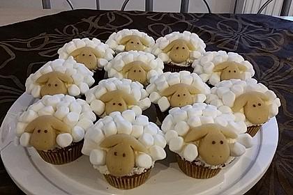 Cupcake-Schafe mit Marshmallow-Frosting 102