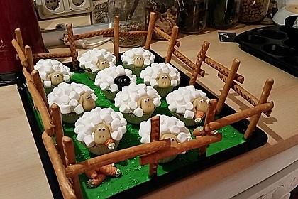 Cupcake-Schafe mit Marshmallow-Frosting 6
