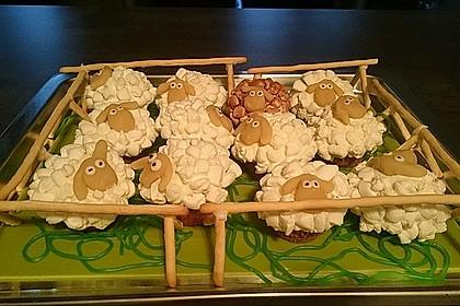 Cupcake-Schafe mit Marshmallow-Frosting 25