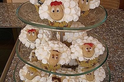 Cupcake-Schafe mit Marshmallow-Frosting 44