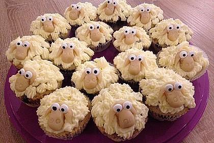 Cupcake-Schafe mit Marshmallow-Frosting 26