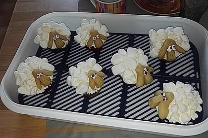 Cupcake-Schafe mit Marshmallow-Frosting 198
