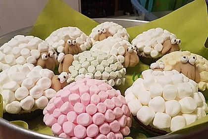 Cupcake-Schafe mit Marshmallow-Frosting 111