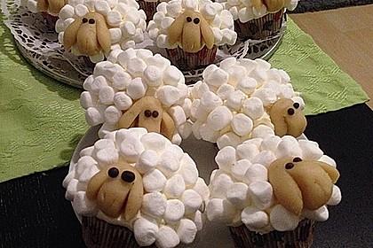 Cupcake-Schafe mit Marshmallow-Frosting 58