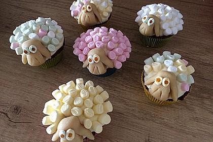Cupcake-Schafe mit Marshmallow-Frosting 172
