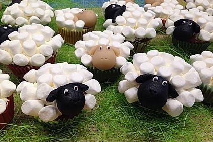 Cupcake-Schafe mit Marshmallow-Frosting 12