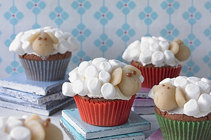 Cupcake-Schafe mit Marshmallow-Frosting 108