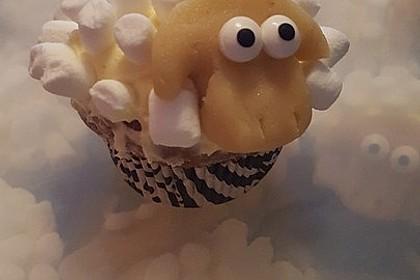 Cupcake-Schafe mit Marshmallow-Frosting 145