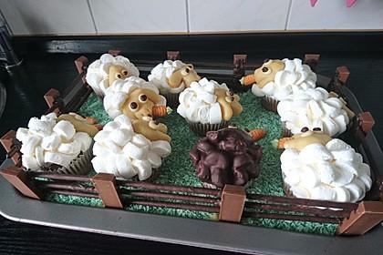 Cupcake-Schafe mit Marshmallow-Frosting 84