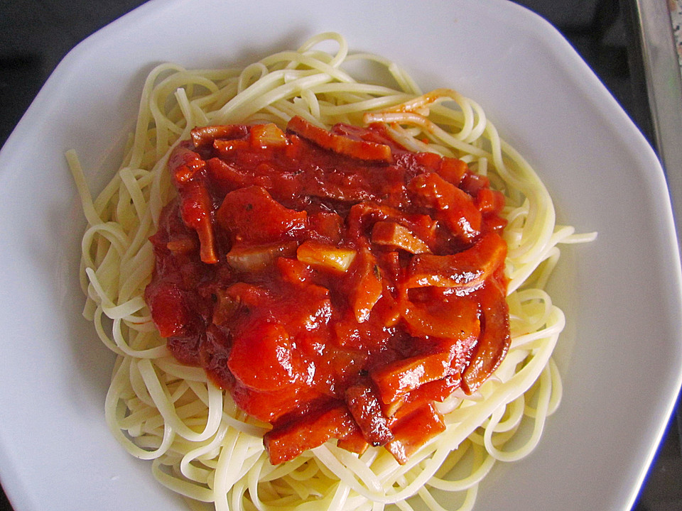 spaghetti mit tomatensauce alla napoletana von isilyafingolin. Black Bedroom Furniture Sets. Home Design Ideas