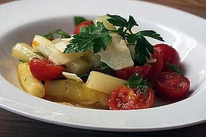 Spargel-Tomaten-Salat mit Parmesan 1