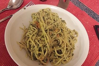 Nudeln mit Spinat, Schafskäse und Tomate 34