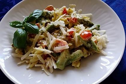 Sehr aromatische Pasta mit grünem Spargel 7