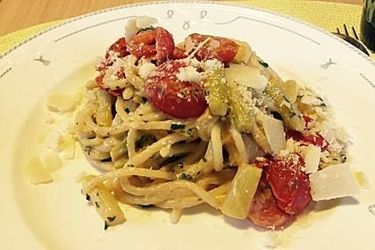 Sehr aromatische Pasta mit grünem Spargel 3