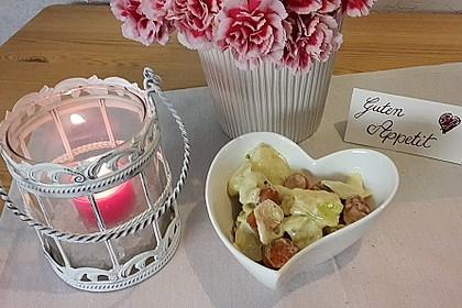 Gurkensalat mit Würstchen 4
