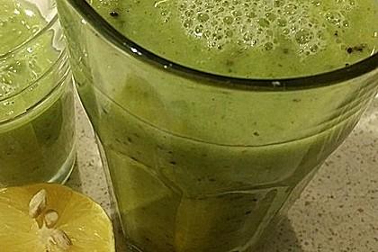 Grüner Frühstücks-Smoothie 4