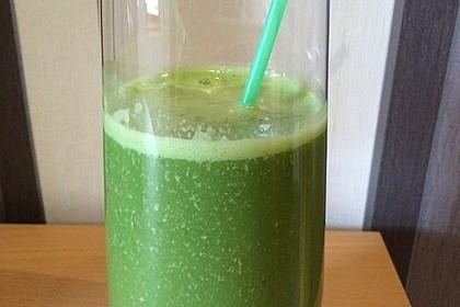 Grüner Frühstücks-Smoothie 9