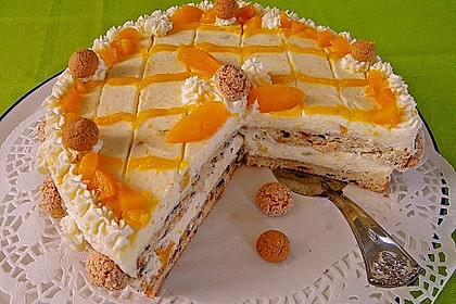 Pfirsich-Amaretto-Torte
