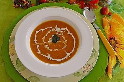 Butternut-Kürbissuppe mit feiner Rooibosnote