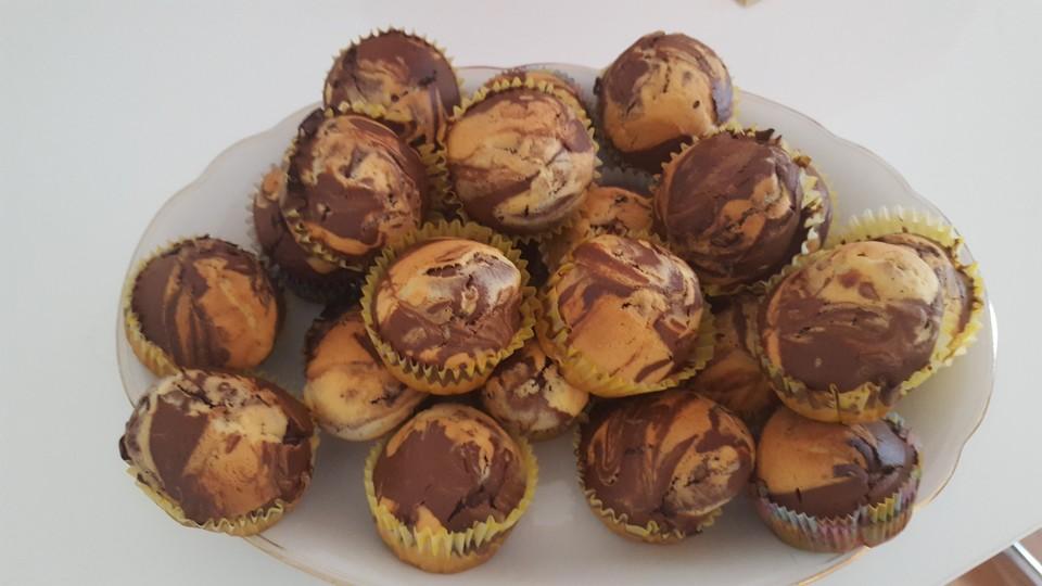 marmor muffins rezept mit bild von anna156. Black Bedroom Furniture Sets. Home Design Ideas