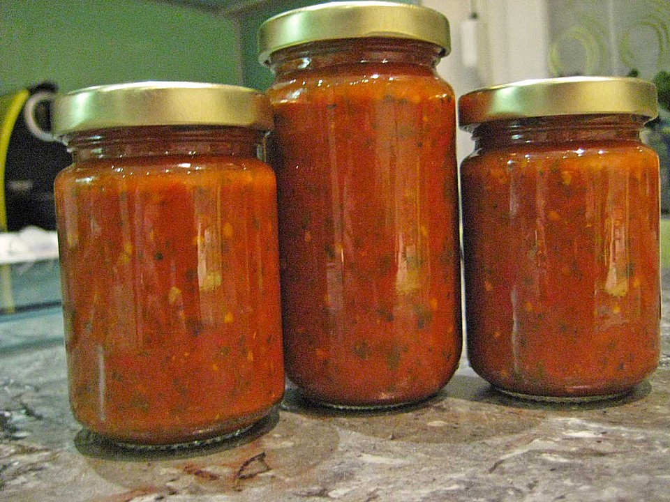 pasta sauce auf vorrat eingemacht rezept mit bild. Black Bedroom Furniture Sets. Home Design Ideas