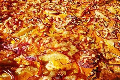 Kürbis-Flammkuchen 40