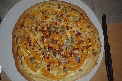 Kürbis-Flammkuchen 24