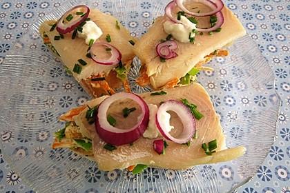 Fingerfood Snack mit geräucherten Forellenfilet
