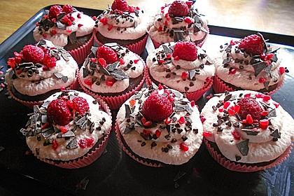 Himbeer-Schoko-Cupcakes 3