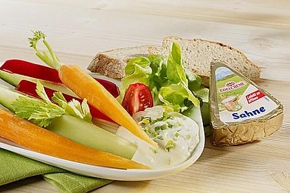 Radieschen-Käsecreme-Dip zu Gemüse