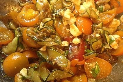 Zucchini-Tomaten-Salat 11