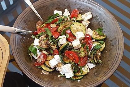 Zucchini-Tomaten-Salat 9