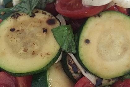 Zucchini-Tomaten-Salat 13