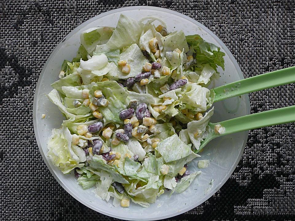frischer salat mit kidney bohnen mais salzgurken und eisbergsalat rezept mit bild. Black Bedroom Furniture Sets. Home Design Ideas