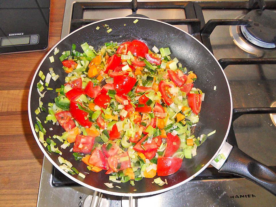 tomaten couscous pfanne rezept mit bild von mixxxa. Black Bedroom Furniture Sets. Home Design Ideas