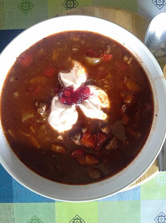 Ungarische gulaschsuppe von wiktorija for Ungarische gulaschsuppe